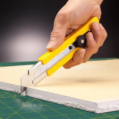 OLFA H-1 Kaymaz lastik saplı Ekstra Ağır Sanayi Tipi Maket Bıçağı
